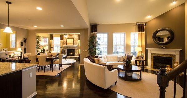 Open Floor Plan Layout, All Hardwood Floors Through To
