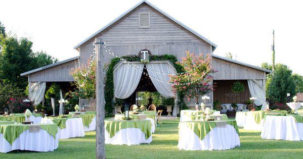 Outdoor Barn Wedding And Reception Venue In North Alabama