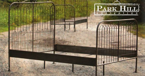 Park Hill Collection Garden Gate Metal Bed Metalbed