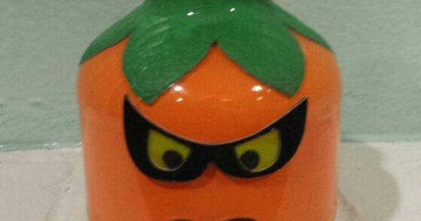 Turned A Martinelli's Apple Juice Bottle Into A Pumpkin