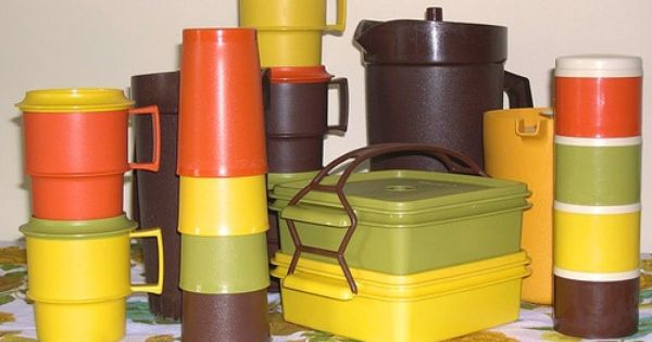 1970s Hot Kitchen Colors Coffee Harvest Gold Avocado