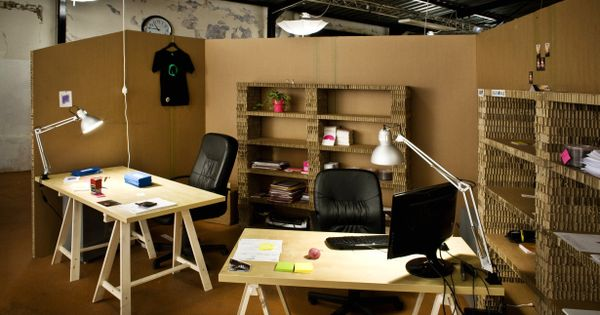 10 Inspiring Non Traditional Workspaces PICS Cubicle