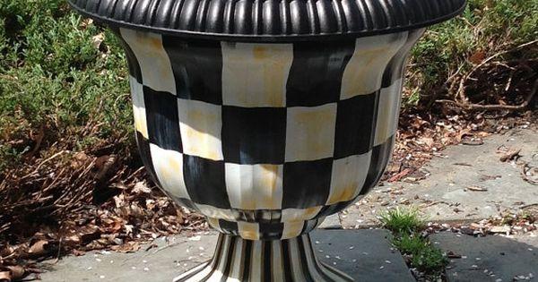 Black Amp White Checked Garden Urns Urn Planter Hand