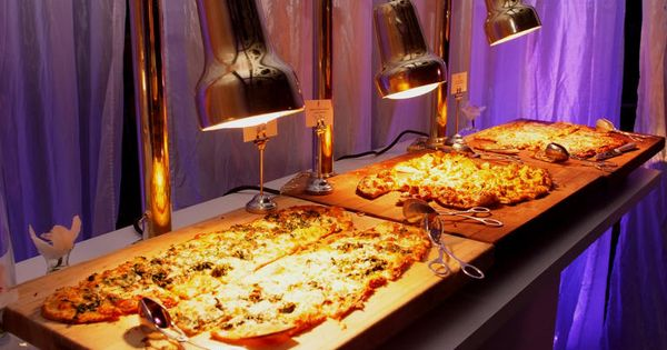 Stylish Ways To Serve Pizza At Your Wedding
