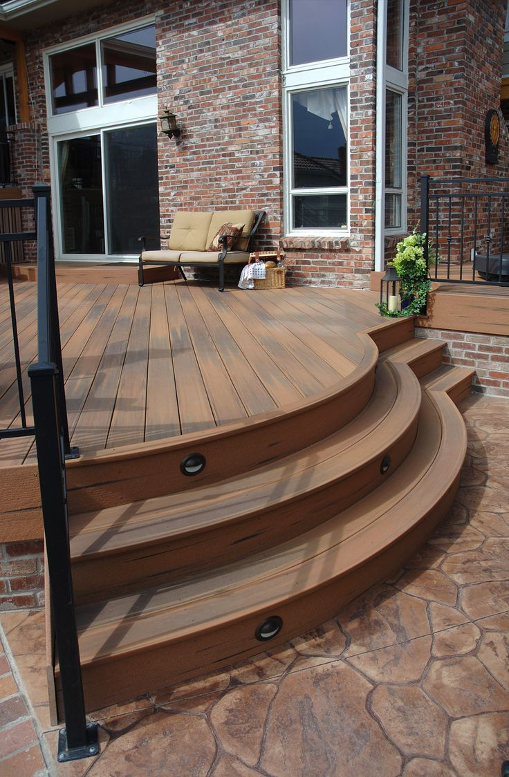 Patio With Curved Stairs This Is Fiberon Composite