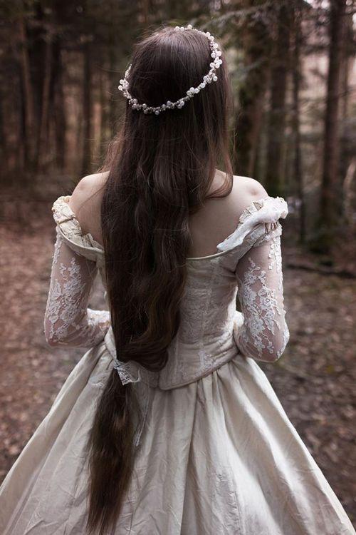 25 Best Ideas About Medieval Princess On Pinterest