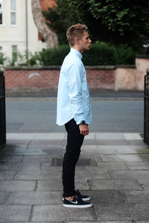 ways to wear sneakers with jeans for men