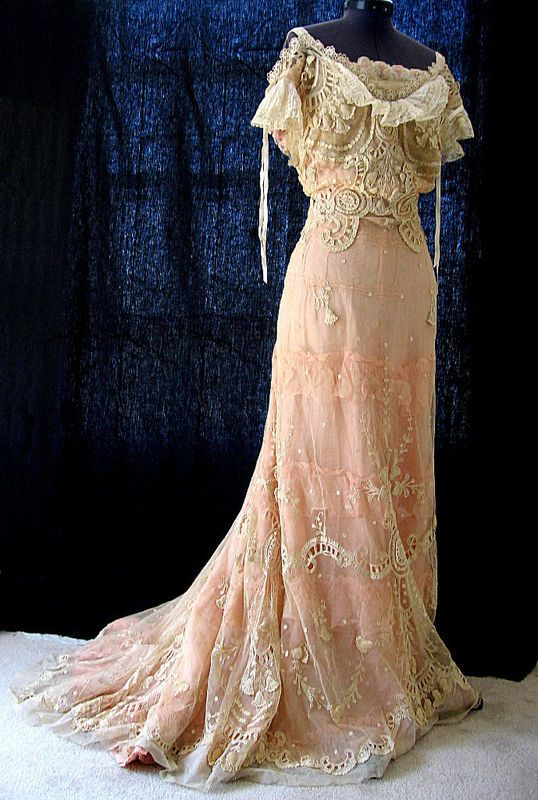 Wedding Dress: ca. early 19