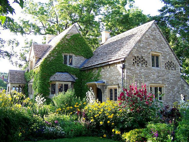 068c2cc7690f30fdb0b419cbbc1f8f41 - THE MOST BEAUTIFUL ENGLISH COTTAGES PICTURES STUNNING ENGLISH COUNTRY COTTAGES AND HOMES IMAGES