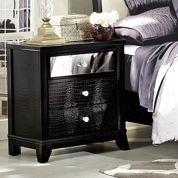 Homelegance Jacqueline Mirrored Drawer Front Nightstand In