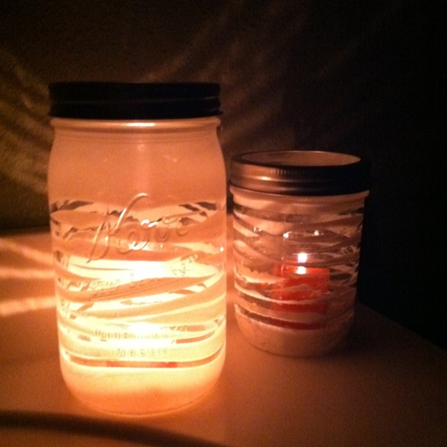 DIY candle holders! Wrap rubber bands around a mason jar
