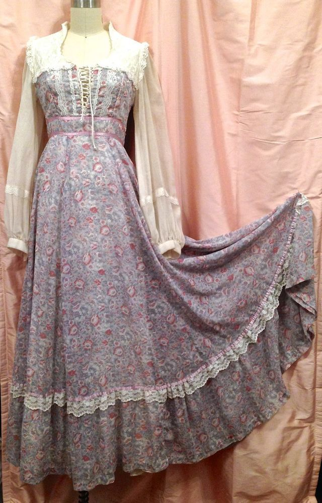 Vintage Gunne Sax By Jessica Mcclintock Floral Print Cotton And Lace Long Dress Gunne Sax
