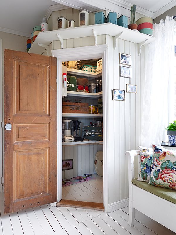kitchen design with corner pantry 1000 ideas about corner cabinet rh ltham p7 de