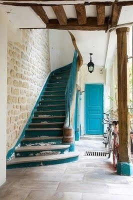turquois. If I had stairs like this in my permanent home, I would end up changin