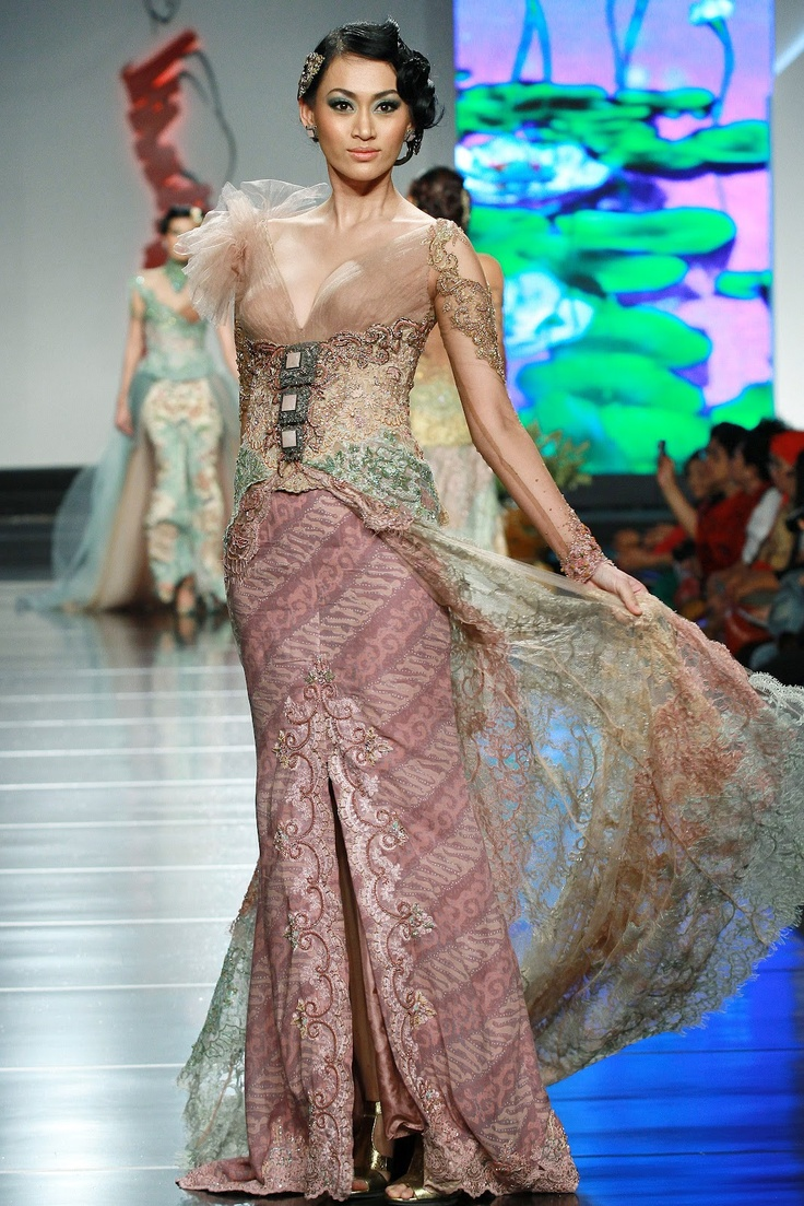 ANNE AVANTIE Indonesia traditional clothes Pinterest