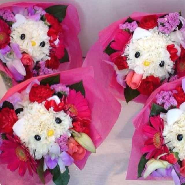 Hello Kitty flower arrangement CUTE! Pinterest