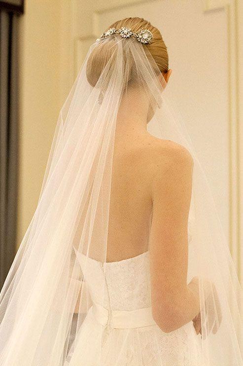 Elegant bridal look. Wedding veil, wedding hairstyle, Marchesa