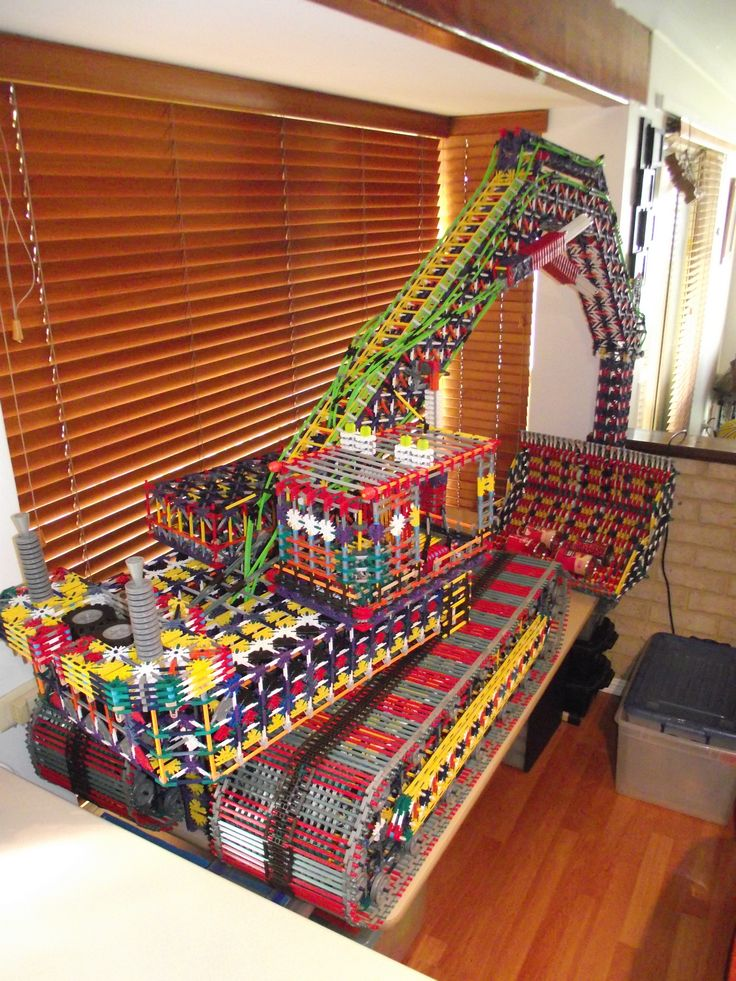 KNEX EXCAVATOR REAR VIEW MY K'NEX CREATIONS