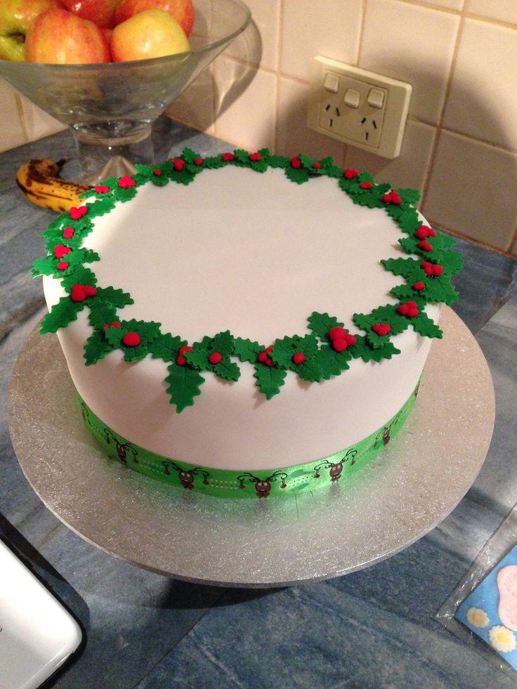 Christmas cake. Holly. Wreath. Christmas ideas
