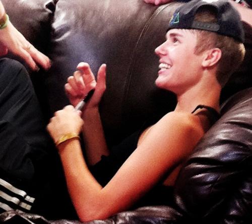Justin Bieber Pierced Ears