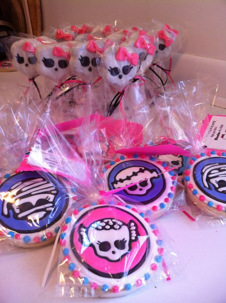 17 Best Images About Monster High Cake On Pinterest Cake