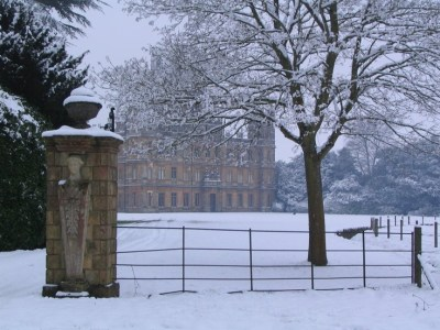 highclere castle in the snow | Downton Abbey | Pinterest ...