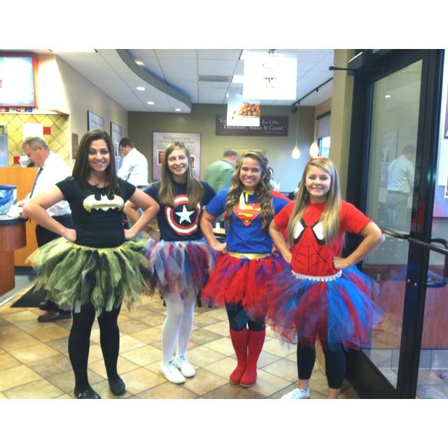DIY superhero costumes. Costume ideas Pinterest