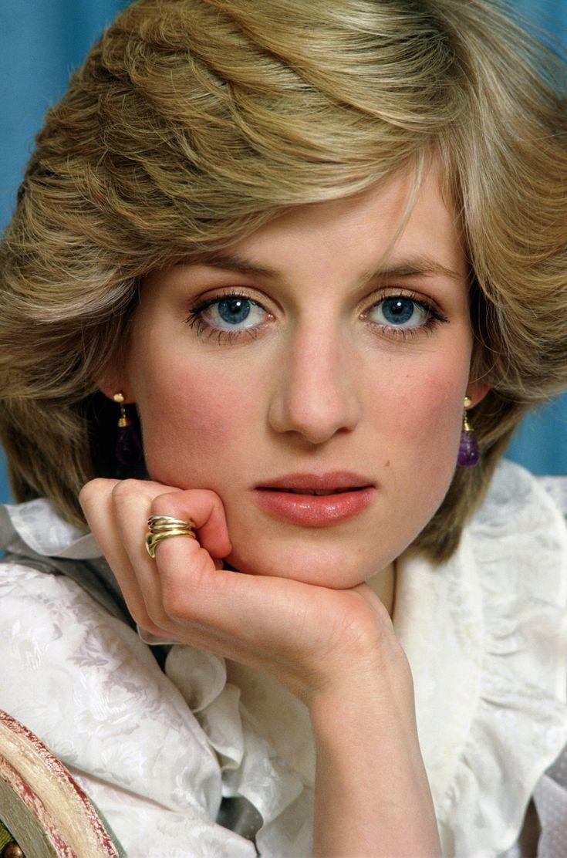 diana spencer Pesquisa do Google Queen Diana