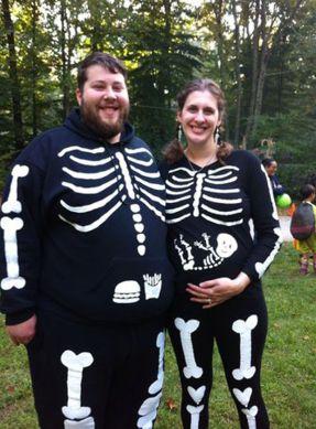 21 Genius And Strange Pregnancy Halloween Costumes.: