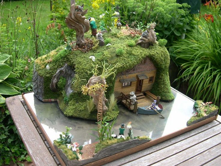 124 Scale Mouse House On A Lake Miniature Inspiration Pinterest Lakes Fairy Houses And Mice