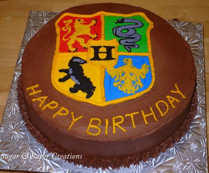 Hogwarts Crest Birthday Cake My Cakes Pinterest