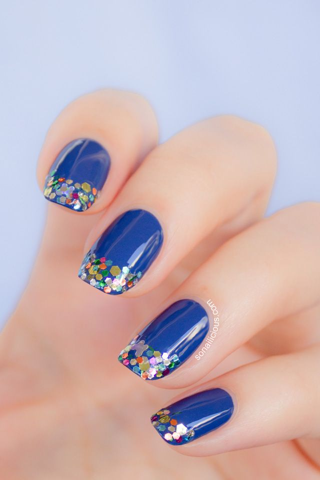 Because Everything is Sexier in Blue. Visit Bartenura.com to learn more. #Bartenura #Blue #Sexy #Nails #Moscato via sonailicious.com