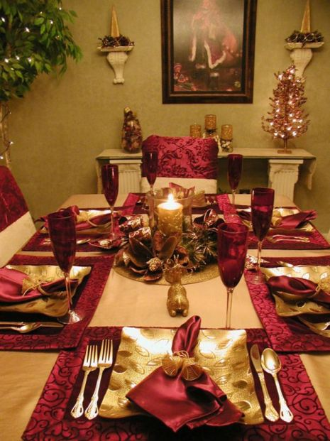 25 Gorgeous Holiday Table Settings : Decorating : Home & Garden Television: