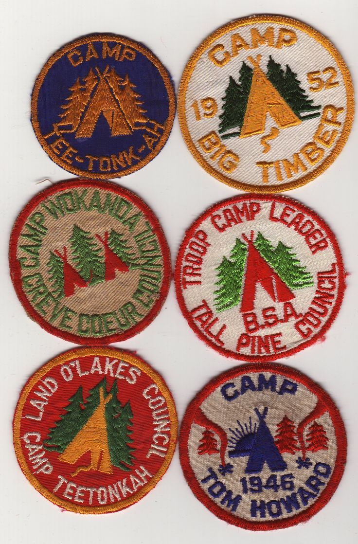 Colorful camp badges Mallory Jane {Hayseed Homemakin