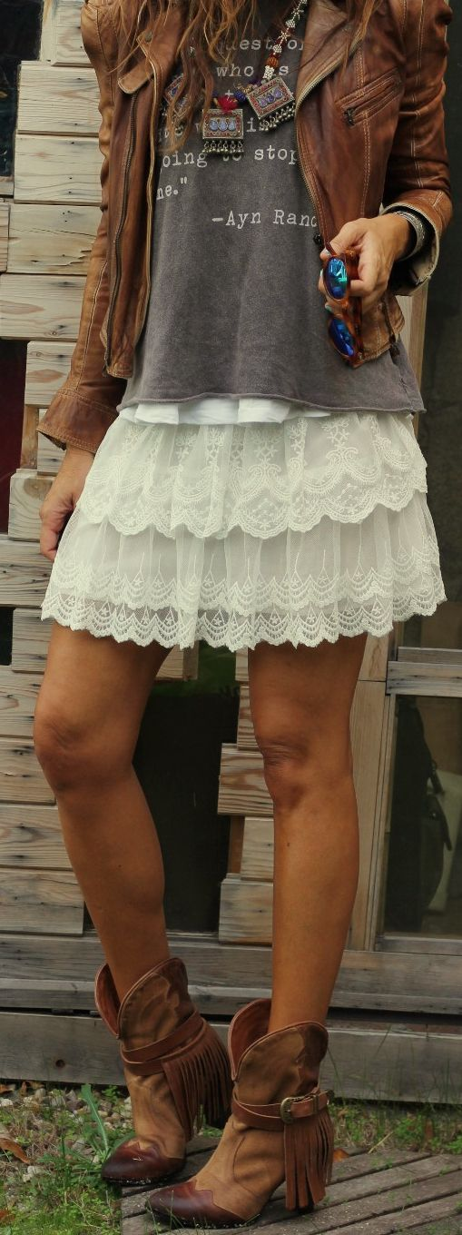 SF Stylist.... This skirt is adorable! I am going on a trip soon and I need this or a tank lace dress!!! Or both!: