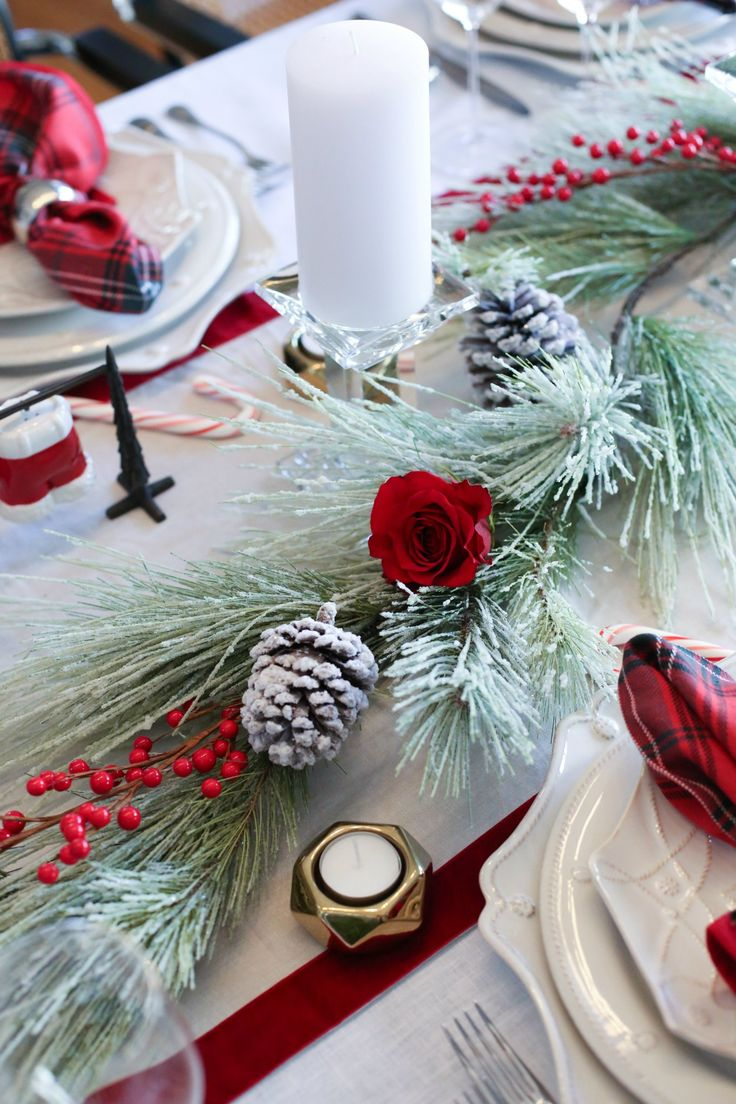 The Easiest Christmas Centerpiece For Your Holiday Table