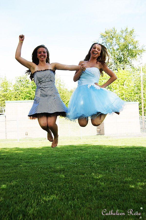 Cute Jumping Pose For Best Friends Or Sisters My