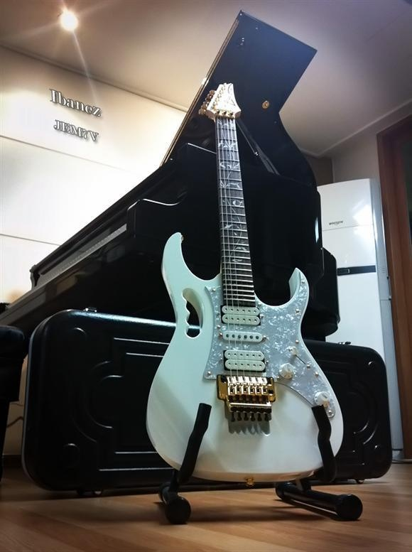 222 Best Images About Ibanez