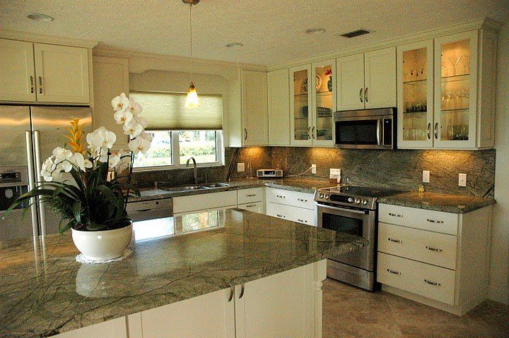 17 Best Ideas About Green Granite Countertops On Pinterest Kitchen Granite Countertops