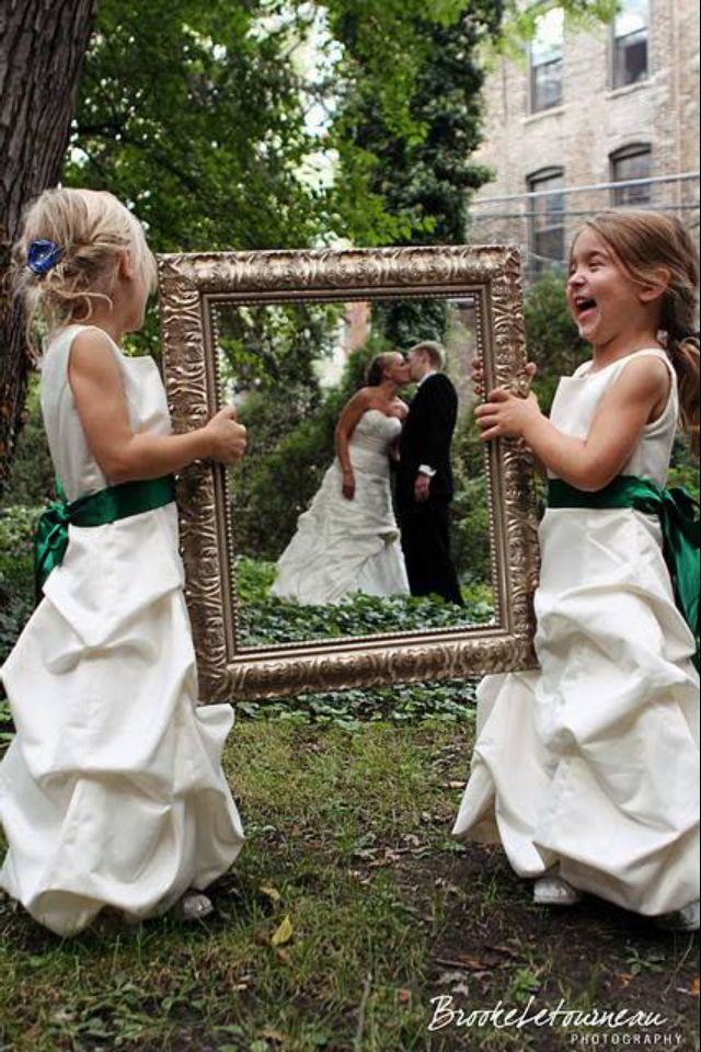 Little kids holding frame Picture idea Random