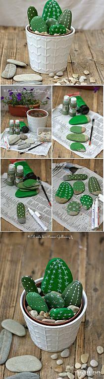 faux cactus avec des galets … très mignon !