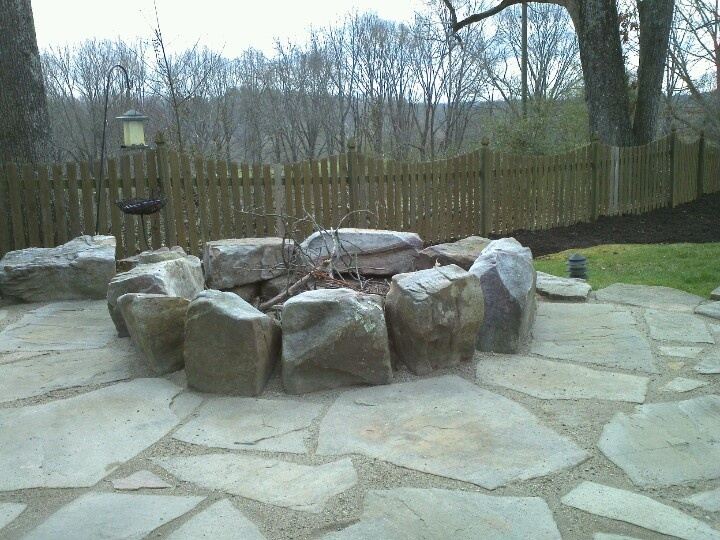 Fire Pit With Flagstone Using Gator Dust Joint Filler
