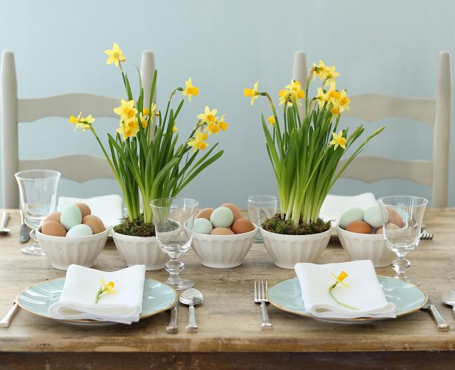 Jenny Steffens Hobick: Spring & Easter Centerpieces | Yellow Daffodils & ...