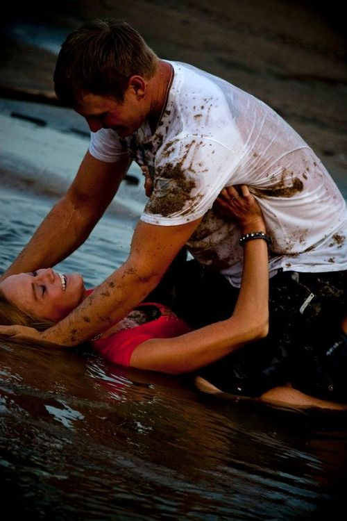 1000 Ideas About Playful Couple On Pinterest Cutest Couples Young Love Photography And