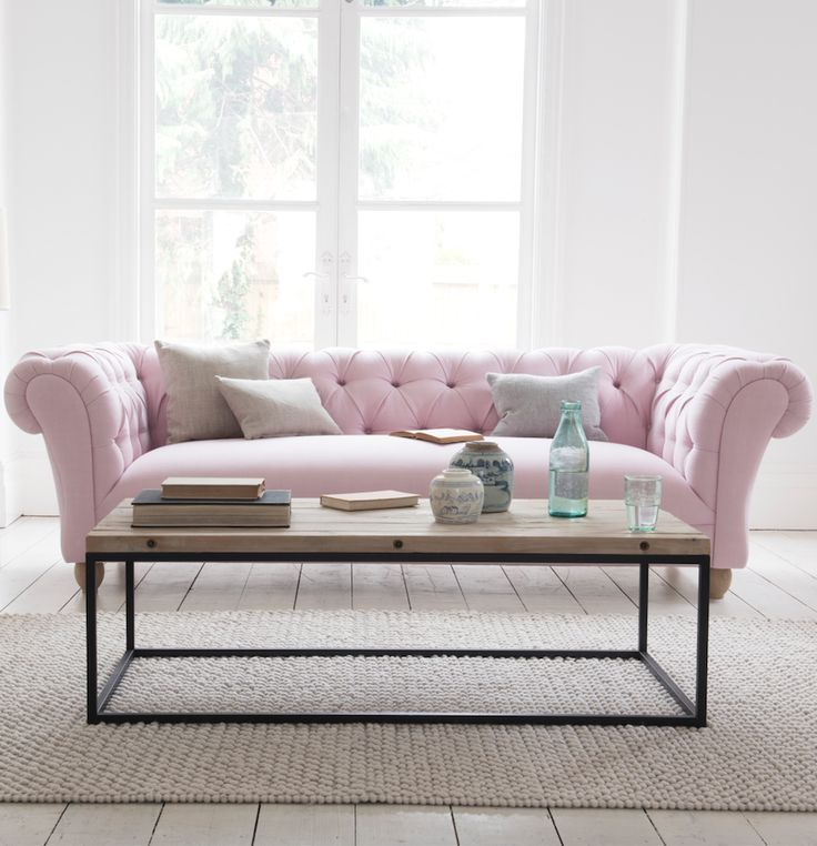 25 Best Ideas About Pink Sofa On Pinterest Blush Grey Copper Living Room Pink Sofa