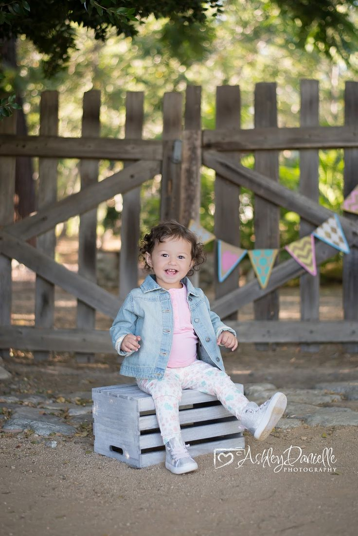 18 Month Old Photo Shoot 18 Month Old Girl Pose Idea For