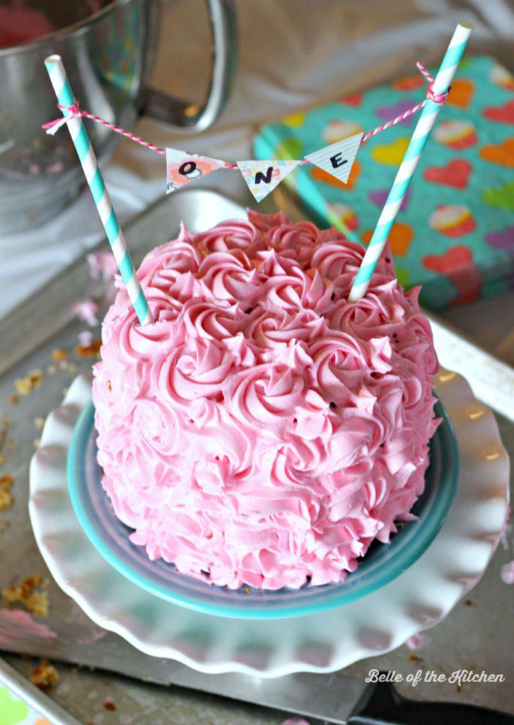 1st Birthday Smash Cake Tutorial + Simple Vanilla Cake
