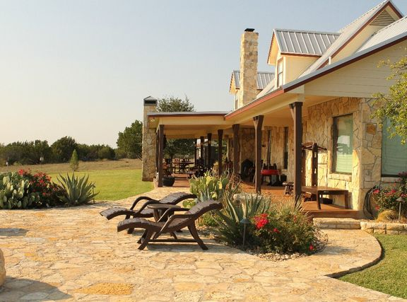 Texas Style Ranch Looks Just Like My Dad S House Home