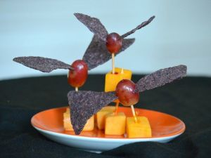 Great healthy halloween snack ideas for kids - minus the pigs in a blanket!: