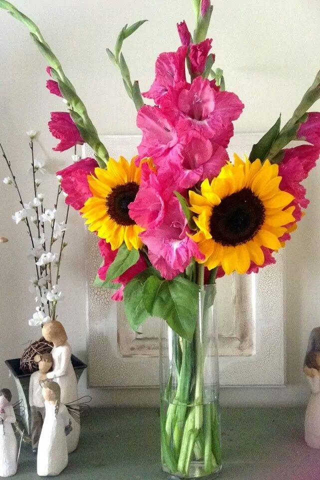Hot Pink Gladiolas And Sunflower Bouquet Bridal Bouquets